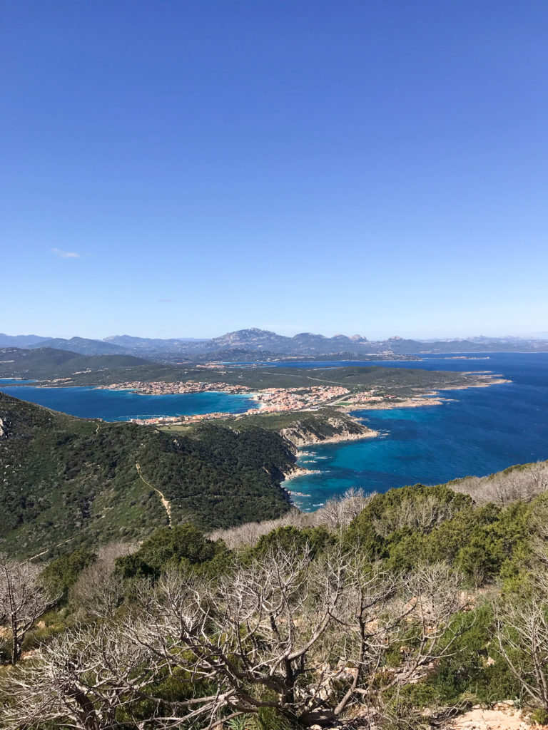 ridethewaves.it - Capo Figari Trekking