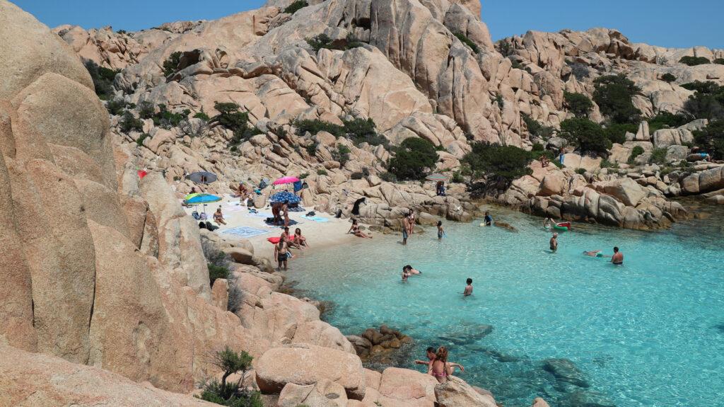 www.ridethewaves.it, spiaggia di Cala Coticcio